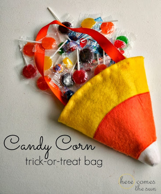 Candy Corn Trick-or-Treat Bag via herecomesthesunblog.net #halloween