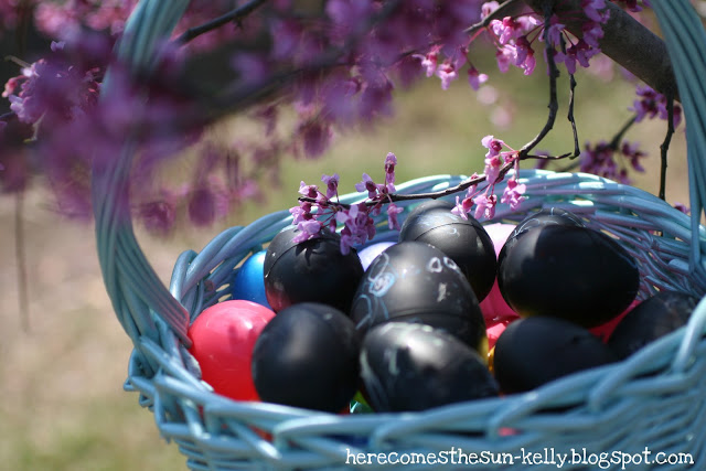 Here Comes the Sun: Chalkboard Paint Easter Eggs