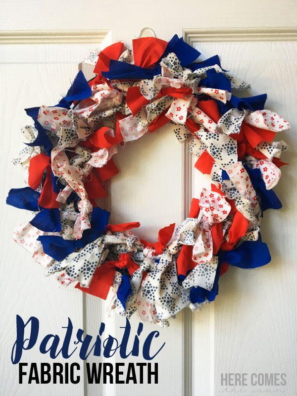 Make this Patriotic Fabric Wreath with this easy tutorial!