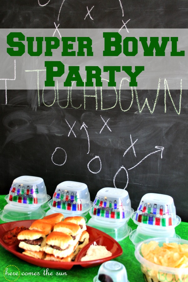 Super Bowl Party Decorating Ideas I herecomesthesunblog.net #RubbermaidSharpie #PMedia #ad