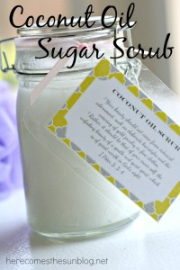 This Coconut Oil Sugar Scrub is the perfect gift for Mother's Day!