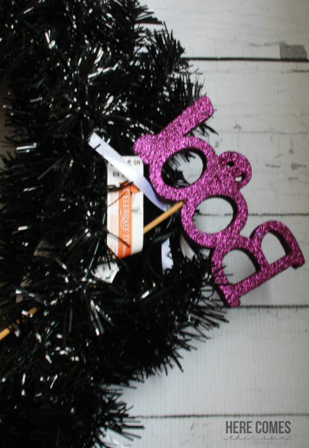 Easy DIY Spooky Halloween Wreath