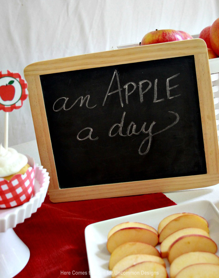 apple-party-sign2