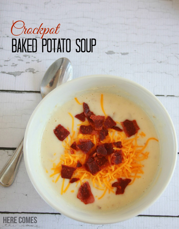 Get dinner on the table quickly with this Crockpot Baked Potato Soup Recipe!
