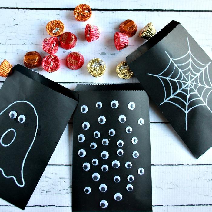 DIY Halloween Treat Bags