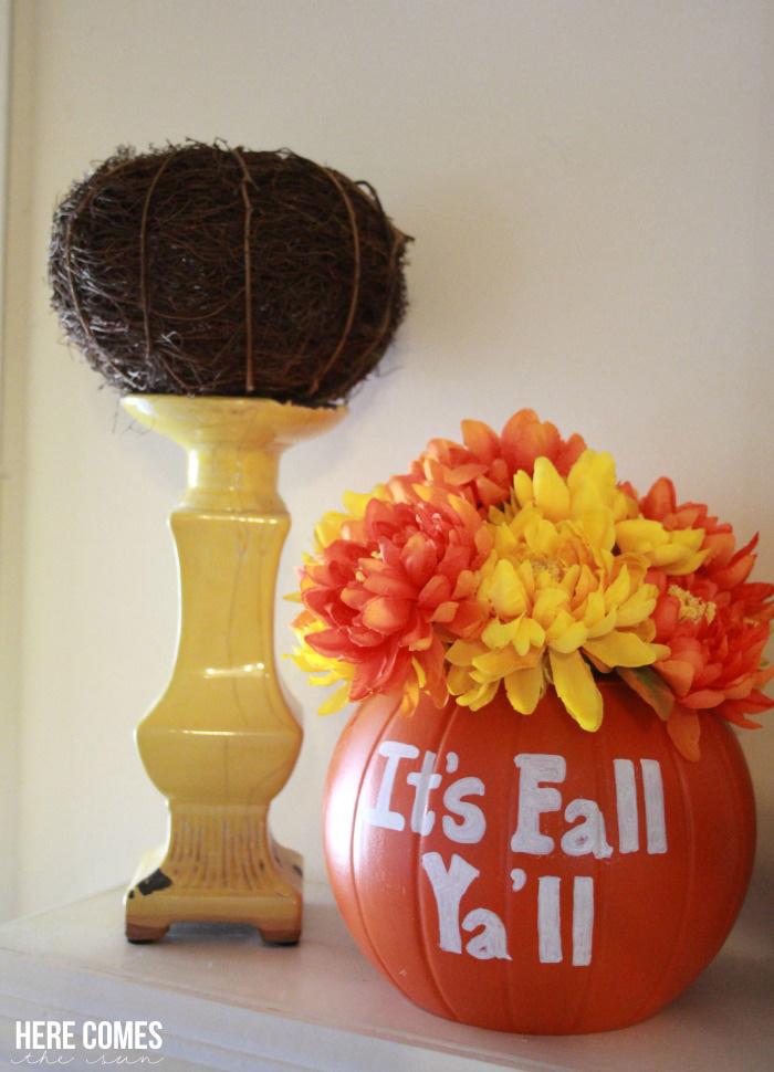 Create a DIY pumpkin vase for beautiful fall decor. Easy tutorial!