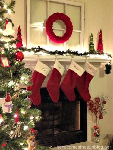 Christmas+Mantel_no+title