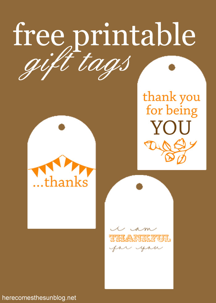 Free printable gift tags here comes the sun these free printable gift tags are adorable use them for hostess gifts neighbor gifts negle Gallery