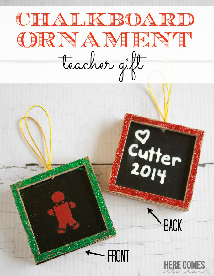 This chalkboard ornament teacher gift is so adorable! #handmadeholiday14