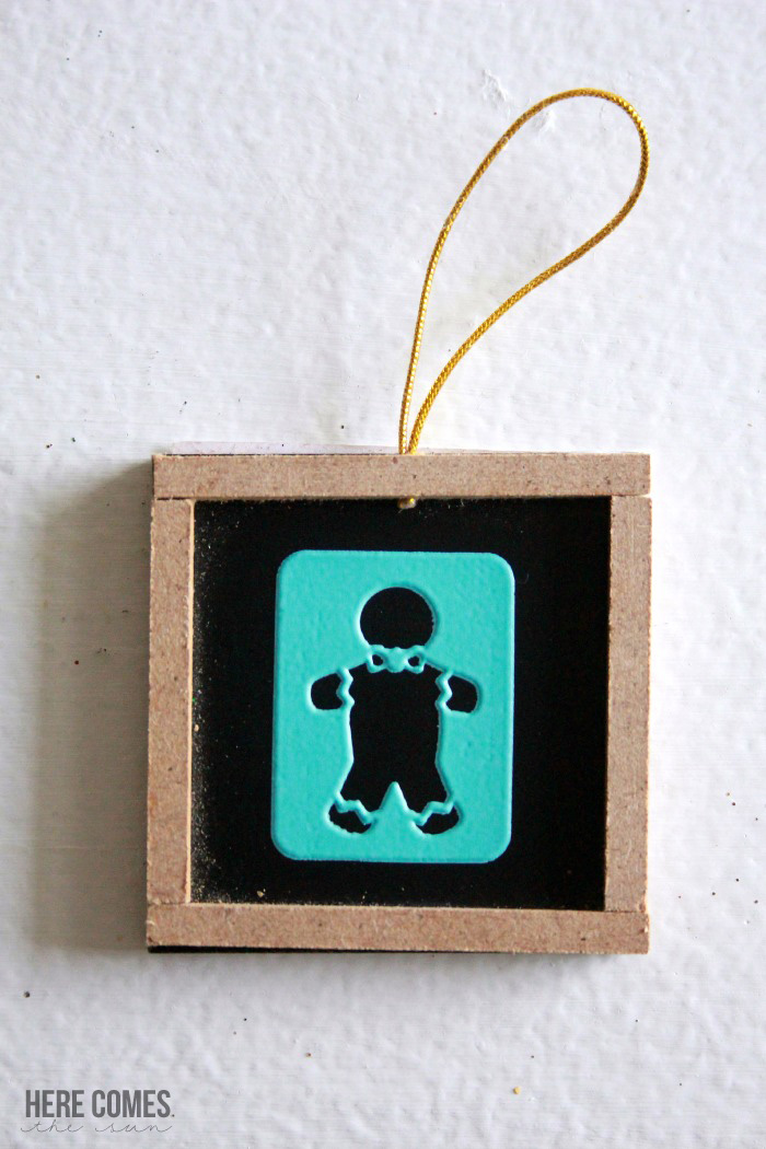 chalkboard-ornament