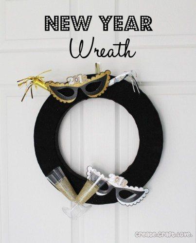 newyearwreath-826x1024
