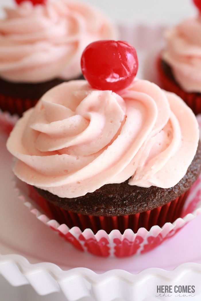 Delicious Chocolate Cherry Cupcakes! Perfect for a Valentine's Day party!