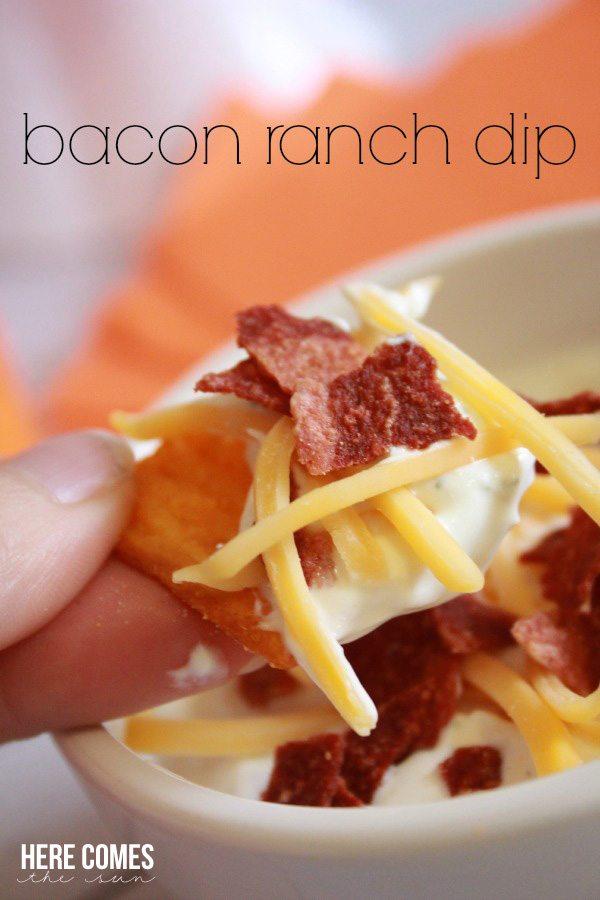 Delicious Bacon Ranch Dip is perfect for gameday! #BigGameSnacks #ad @Walmart