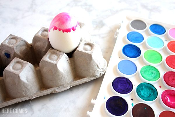 how to make watercolor Easter eggs