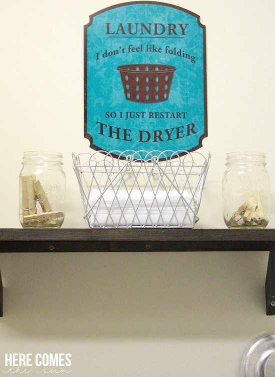 This adorable laundry room change jar will keep your change out of the washer and in your bank account where it belongs!