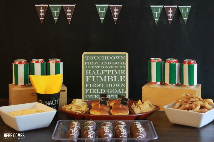 Fall is football season! Host an easy football party with these tips and tricks!