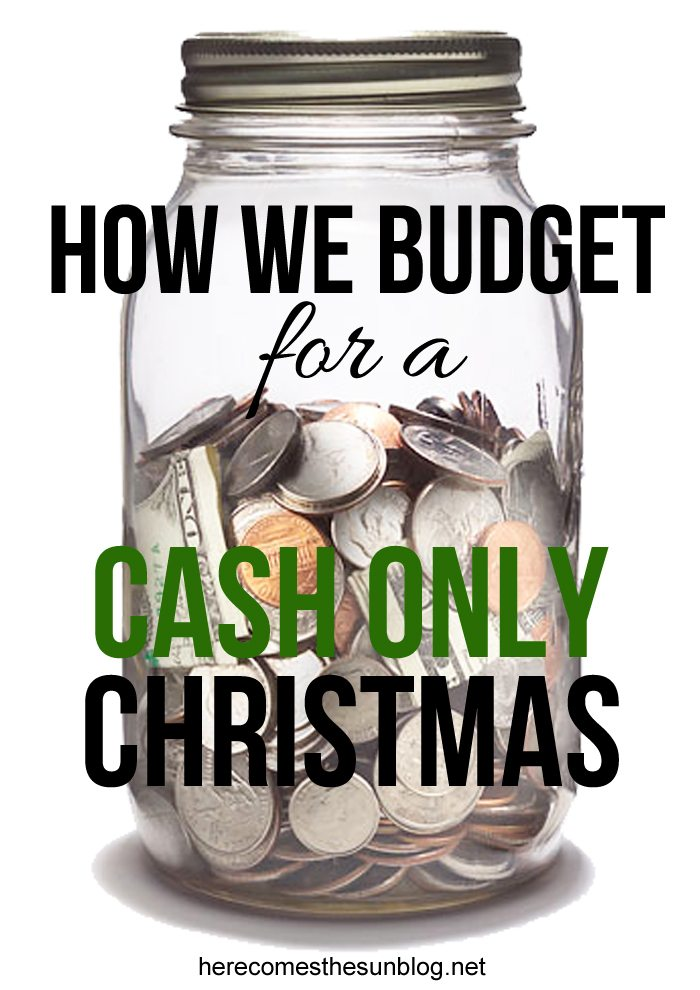 Use these easy tips to budget for a cash only Christmas!