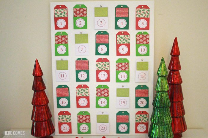 A Christmas Story advent calendar! Write the Christmas story on the back of each card, read one per day ending with Jesus' birth. Great way to teach kids the reason for the season