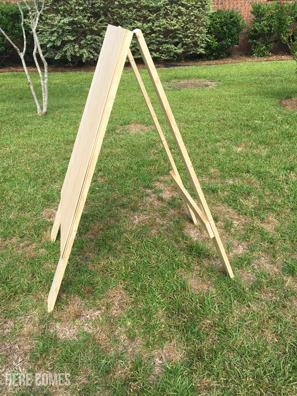 Create a fun DIY Football Toss with this step-by-step tutorial! #DIYWorkshop #sponsored