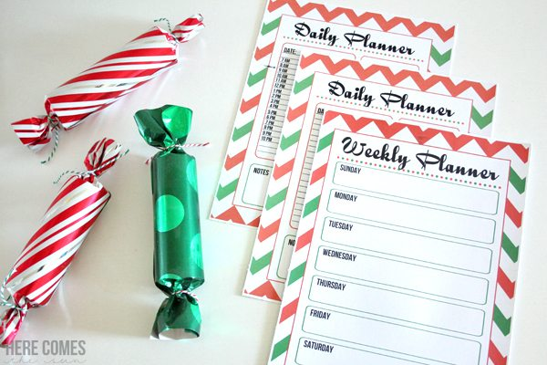 This is the absolute BEST way to organize Christmas! Printables take the stress out of the holiday season.