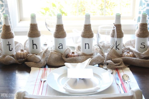 Create a beautiful Thanksgiving tablescape in minutes with these easy ideas. Click for details.
