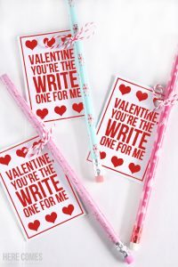 What a great idea for a valentine! These pencil valentines are so cute!