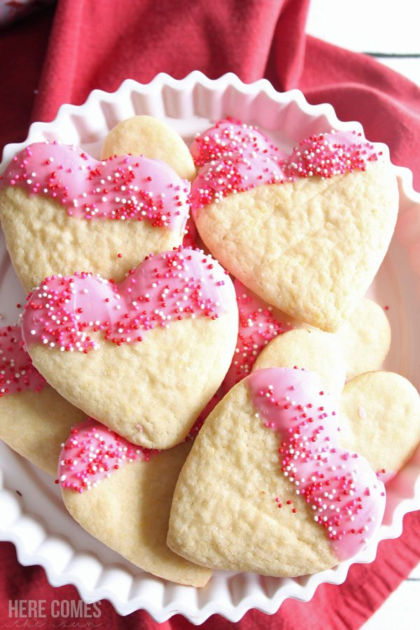 These Valentine sugar cookies are easy to make and delicious to eat. You only need a few simple ingredients to make a gorgeous treat.