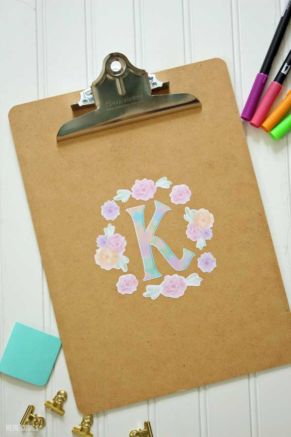 Learn how to make watercolor stickers with a Silhouette machine!