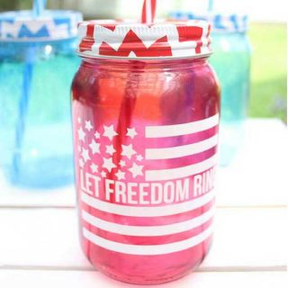DIY Patriotic Mason Jar – Free July 4th Cut File