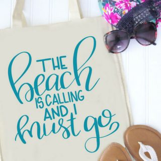 DIY beach bag with sandals