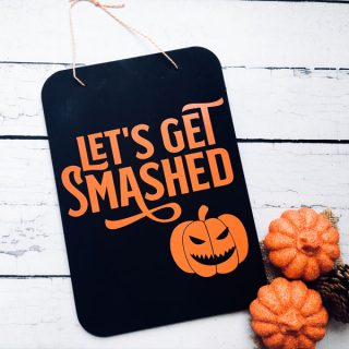 How to Make a Chalkboard Halloween Sign
