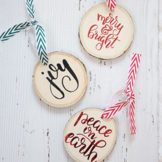Easy Wood Slice Ornaments